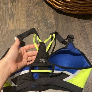 Authentic VSX Sports Bra 34 C